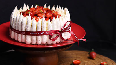 Strawberries Short Cake